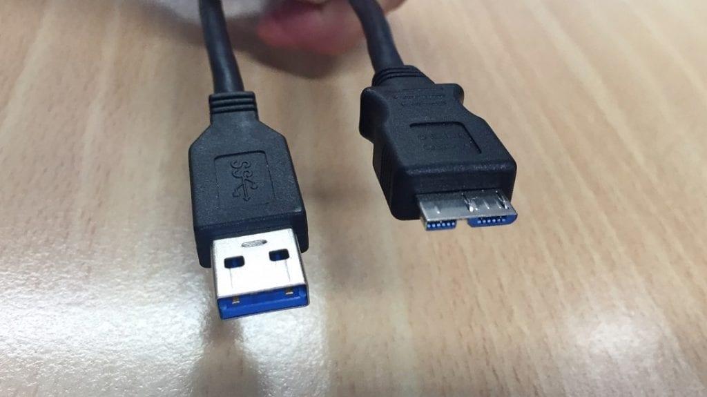 Conexion USB 3.0 scaled